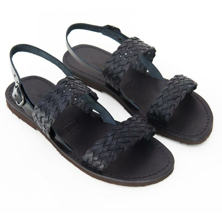 Black flat sandals for women. Our shop online: www.sandalishop.it