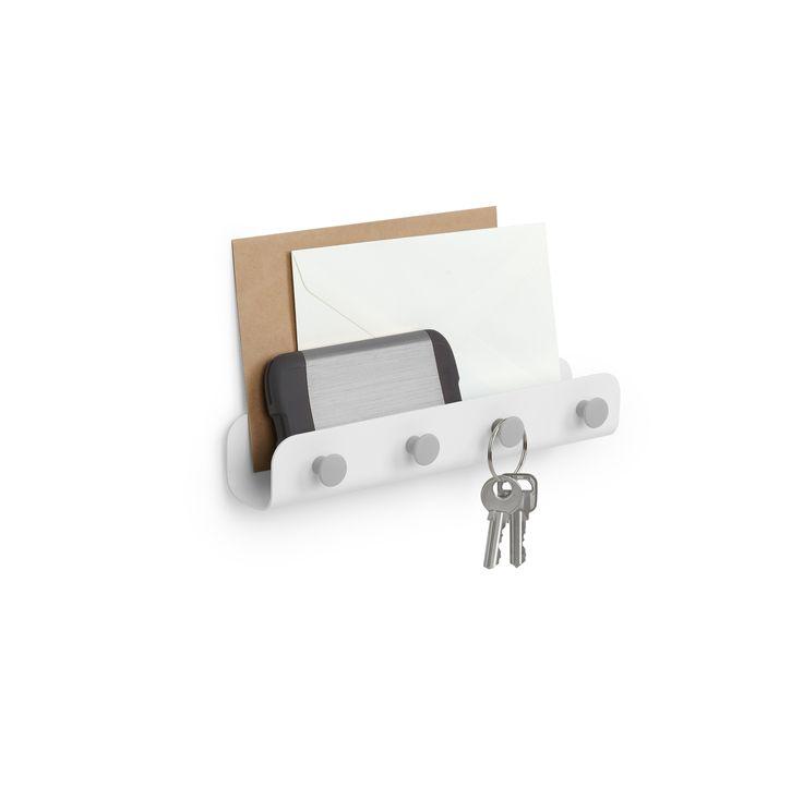 Køb online indretning fra Umbra. Rigtig praktisk magnet holder til nøgler mv. Overdelen kan bruges til postkort, breve eller det der skal huskes inden du forlader hjemmet. se alle de andre ting til hjemmet på www.brondum-interior.dk