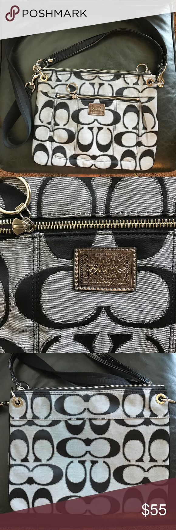 "Coach Poppy gray and black logo midsize bag Perfect condition Coach Poppy bag! Great for day to day wear, comes with detachable shoulder strap. Dimensions approx 13.5"" wide by 10.5"" tall Coach Bags Shoulder Bags"