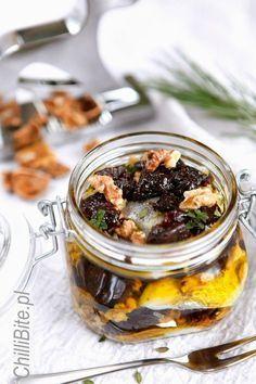 Wyśmienite śledzie w oliwie ze śliwką