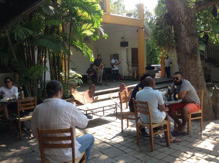 Sunday lunch jazz at the Barefoot Cafe, Colombo, Sri Lanka.....nice!