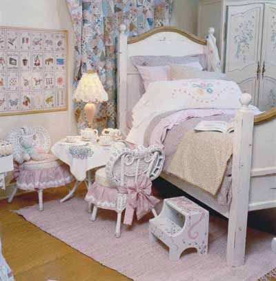 The 25+ best Victorian bedroom decor ideas on Pinterest   Dressing ...