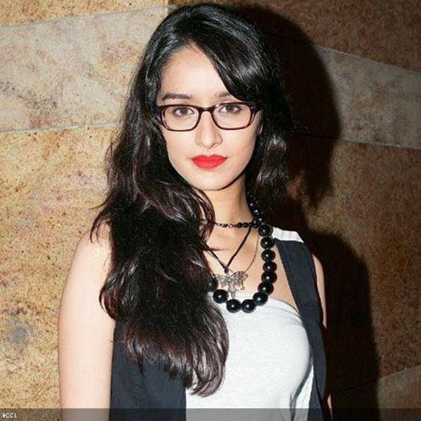 Shraddha Kapoor: Aashiqui 2 actress looks fashionable in a flaming red lipstick and thick-rimmed glasses this combination has never looked h...