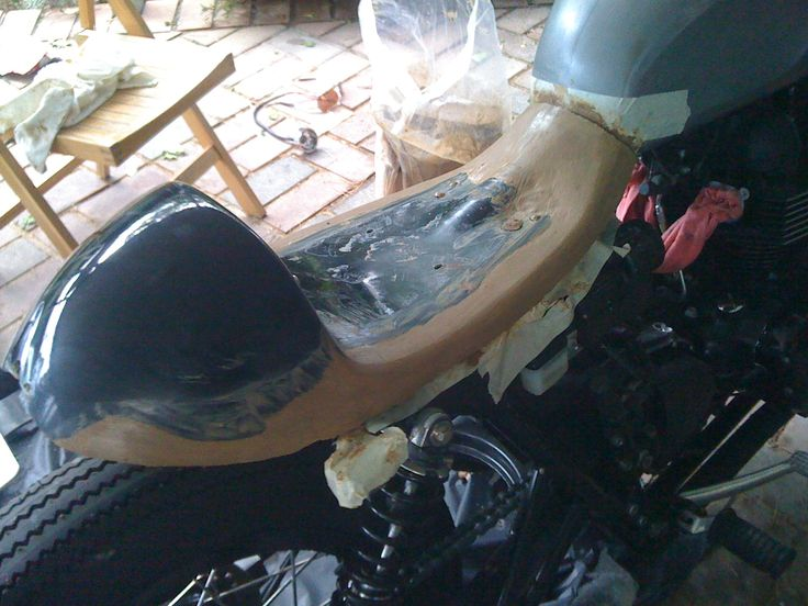 Custom cafe racer seat by Paul Begg