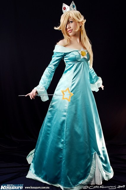 Might have found my halloween costume. Few modest adjustments. Rosetta Rosalina Super Mario Galaxy