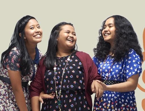 "AOREA (Naomi Rara Dea)'s a Trio Diva of Di Atas Rata-Rata. Their voice is sooo good! They're like ""Destiny Child"" in Indonesia:)"