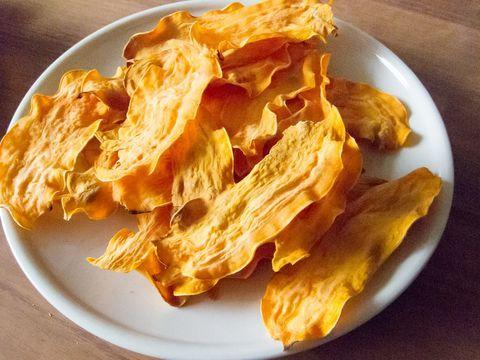 Erg gezond deze zoete aardappel chips, gewoon zoet aardappel zonder toevoegingen
