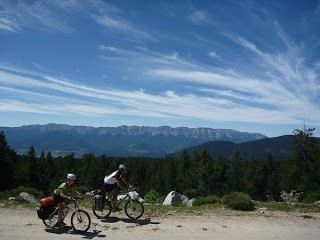 Alta Ruta TransPirenaica en mountain bike, Reportaje Solo Bici parte I: de Cabo de Creus a Vielha