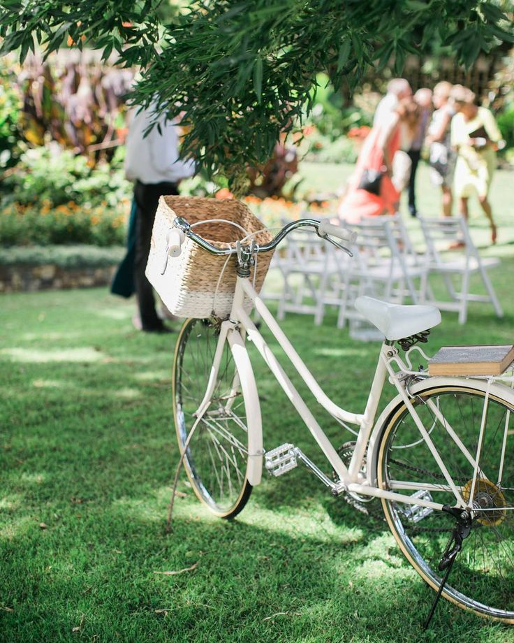 Finally we are unpacking this beauty.  Kind of like Christmas in May ❤  #vintagebike #weddinghire #oneofakind #weddingprop #hireme #classicbike #weddingideas #weddingplanner #allthewayfromaustralia #nzwedding #weddingsnz #taranakiweddings #lovesit