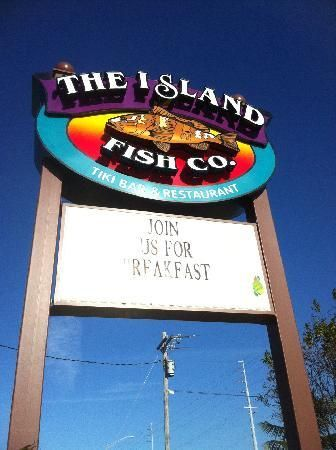 Island Fish Company: Can't miss the sign! Key Marathon, Florida