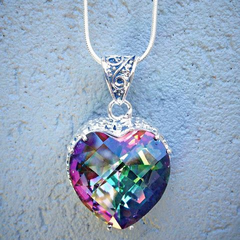 Mystic Heart Necklace – Hotsy Totsy