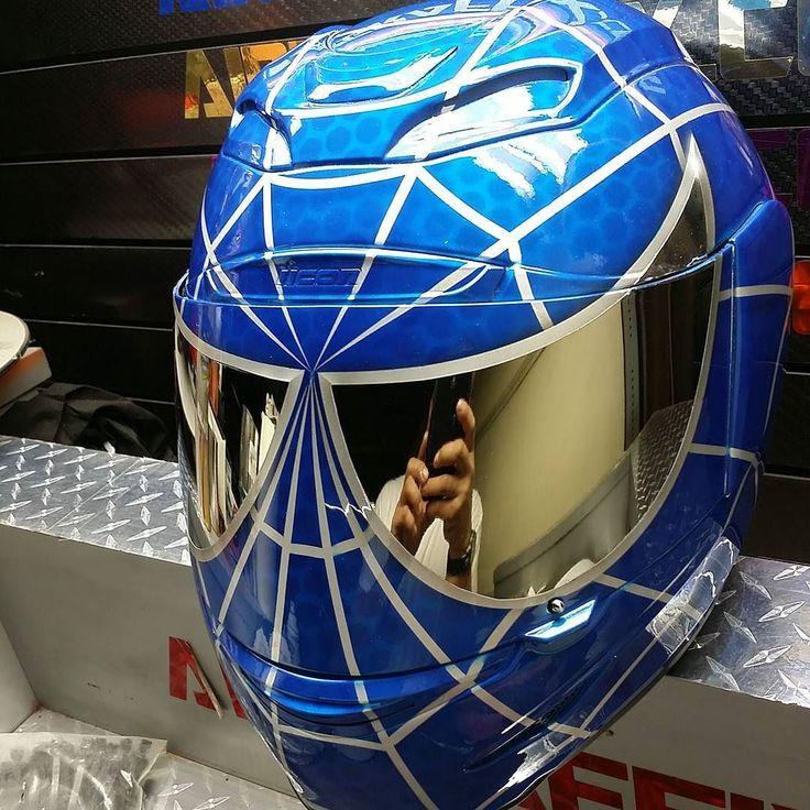 Custom Airbrushed Motorcycle Helmet by Airgraffix.com 284