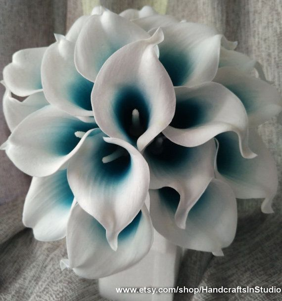 Picasso Calla Lilies Oasis Teal Center 10 stems Real Touch Wedding Flowers Calla Lilies Bridal Bouquet Faux Flowers For Wedding Centerpieces