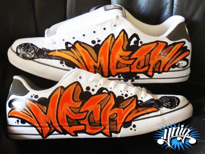 20acee6c7e custom graffiti letter on shoe