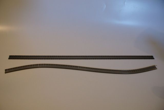 Lay Flex Track: Model Trains Track - What is Flex Track?