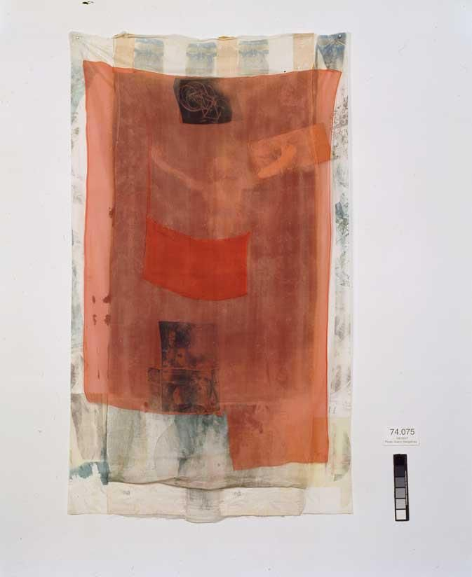 Robert Rauschenberg, Untitled (Hoarfrost), 1974, Solvent transfer on fabric with paper bags and fabric collage, 213 x 124 cm .