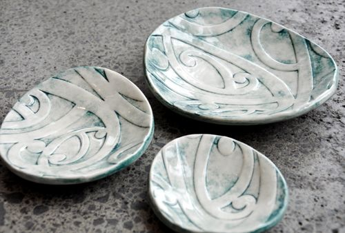 Borrowed Earth Kura Gallery Maori ArtDesign New Zealand Kowhaiwhai Nest Set of 3 Ceramic Dishes