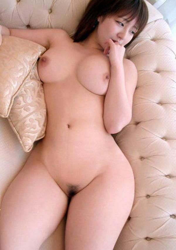 Nude hairy chinese girl