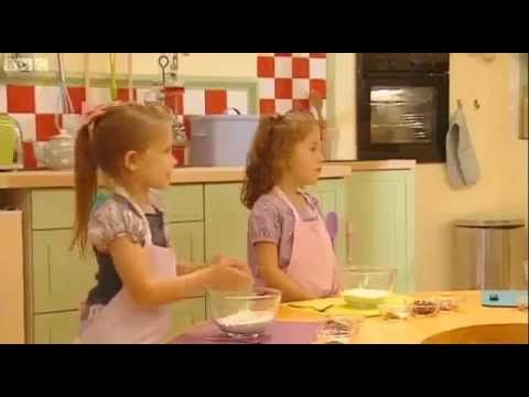 i Can Cook Fruit And Fudge Buns Cbeebies Full Episode