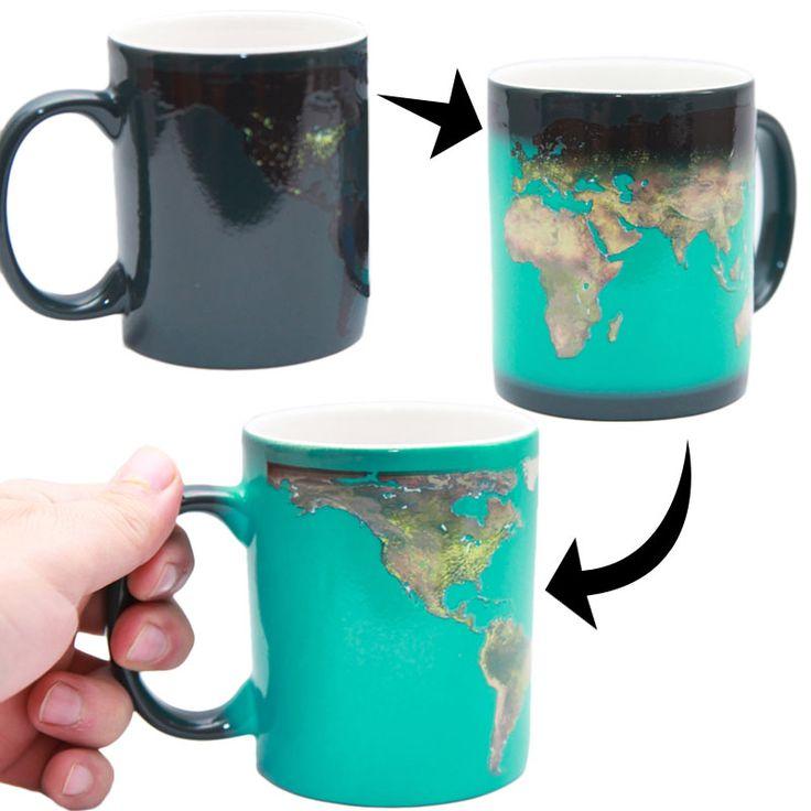 Day & Night Mug - changes from light to dark with heated liquid YO QUIERO UNO! qué más puede pedir alguien que ama las tazas y los mapas?