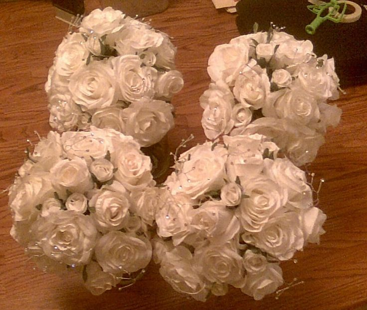 All 4 Brides maids bouquets made.