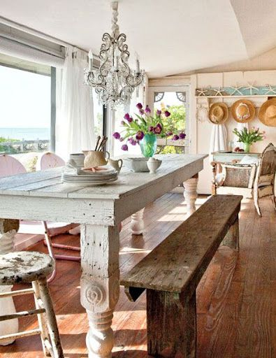 Charming Small Shabby Chic Beach Cottage