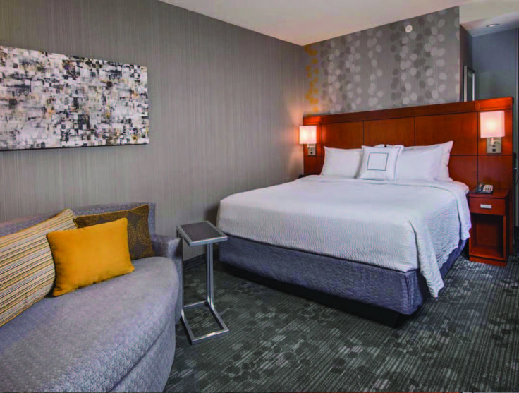 Columbia Courtyard The Courtyard By Marriott Of Columbia Missouri Is A Full Service Hotel Featuring Award Winning Service Refre Modern Room Courtyard Home