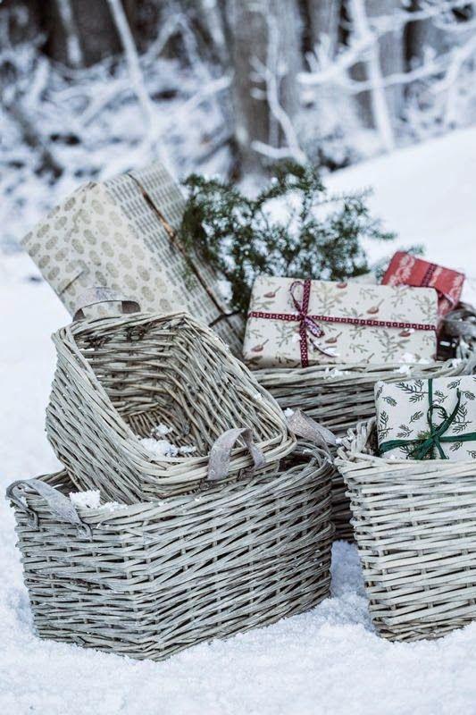 Blogg Home and Cottage: Velkommen til en koselig julegavehandel!#basket #wicker basket ~☆~