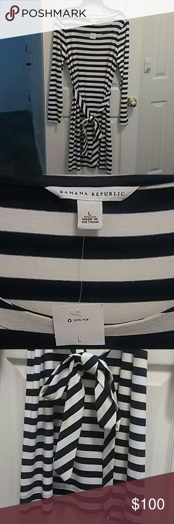 Banana Republic Navy Striped Jersey Dress Stretchy jersey nautical dress with removable belt. Super cute Banana Republic Dresses Long Sleeve