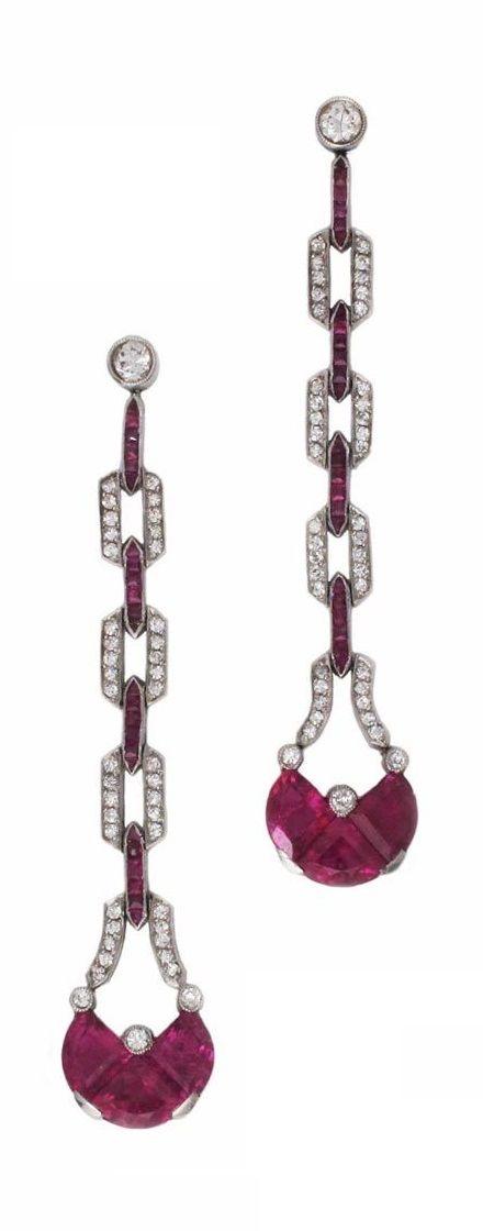 Art Deco earrings, French.