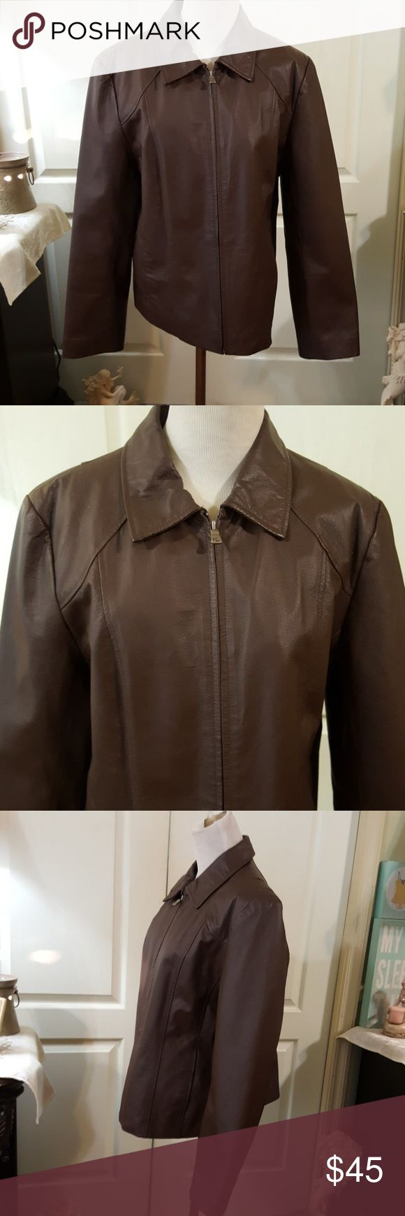 Kim Rogers Brown Leather Jacket. Sz Large. Very nice brown leather jacket by Kim Rogers. I cut out the size tag...it was scrstchy. As you can see from the approx measurements in pics, it will fit a size Large the best, IMO. I was a size Lg. when I wore it. Its completely lined, has outside pockets & one inside pocket. No holes or stains. Would look brand new with some leather cleaner to shine it up, it wasn't worn often. Zips in front. Zoom in on pics to see condition for yourself. Would…