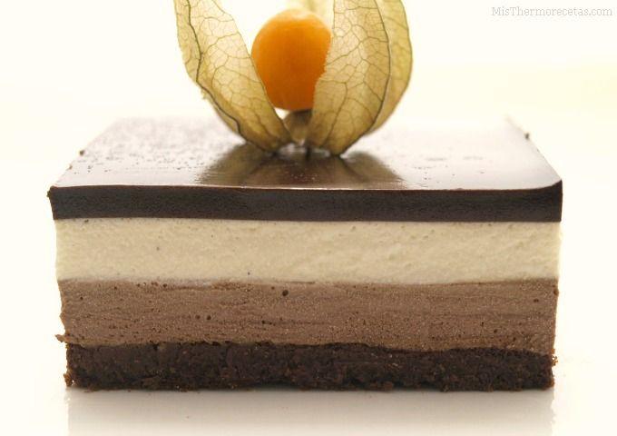Tarta de mousse de chocolate y crema de vainilla - MisThermorecetas.com