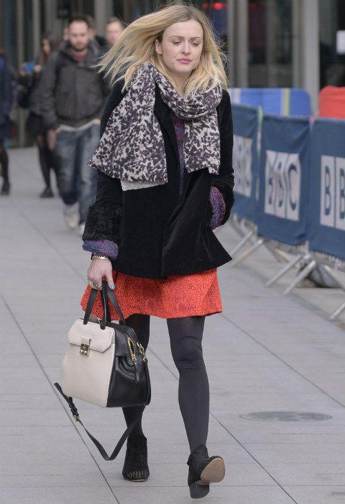 ~2/3 #ファーン・コットン #チェスターコート #ダメージスキニー #ストラップパンプス |海外セレブ最新画像・私服ファッション・着用ブランドチェック DailyCelebrityDiary*