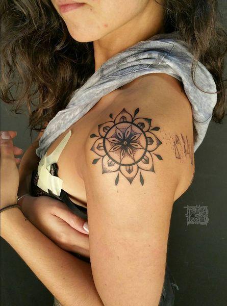 mandala tattoo #ink #youqueen #girly #tattoos #mandala @youqueen