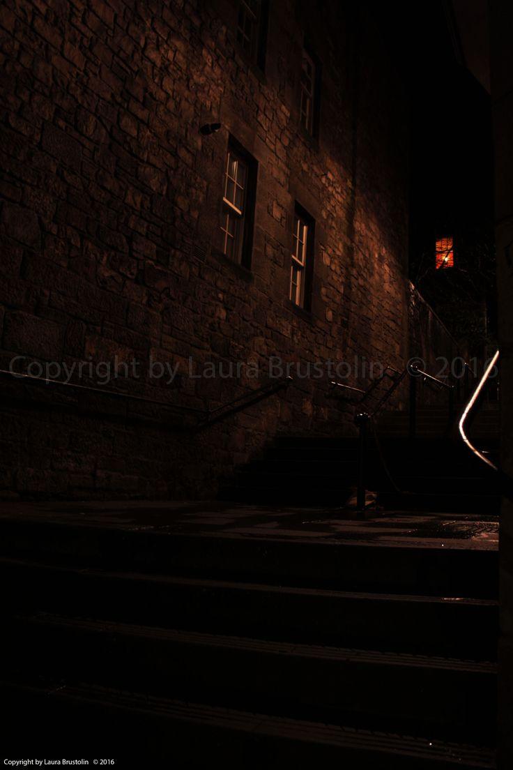 "Edinburgh: ""An alley at night-time"""