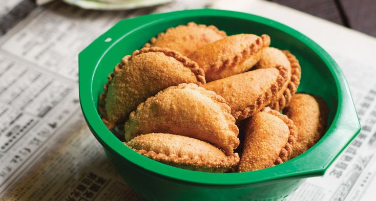 Poh's Curry Puffs - InDaily