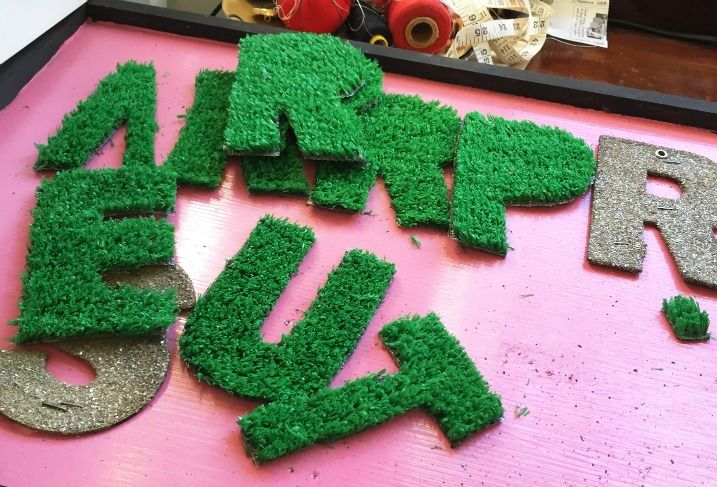DIY grass letters sign, astroturf lettering, astro turf wall art, grass letters wall art