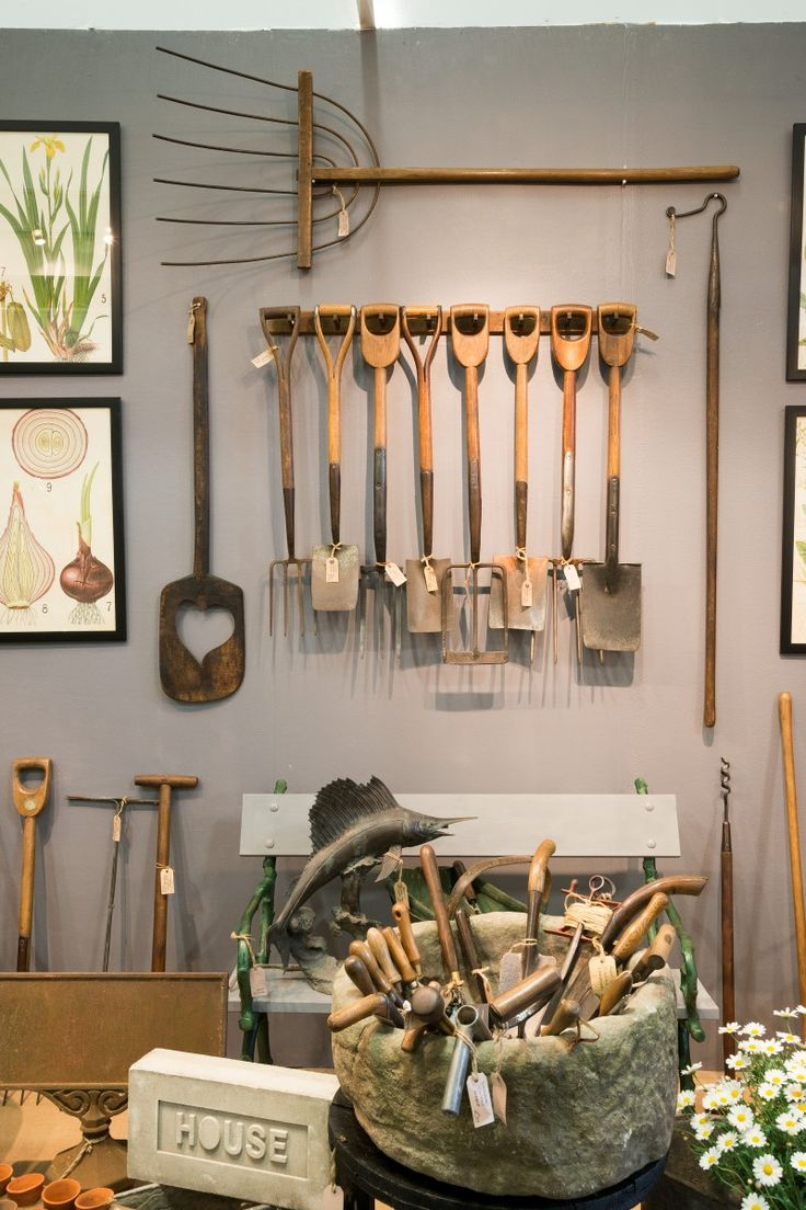 Antique garden implements, signage, decorative outdoor furniture and planters at our specialist dealer Garden Artefacts.