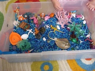 love this DIY ocean in a box.  think of the possibilities: monster trucks, dinosaurs, fairies, dolls, superheroes