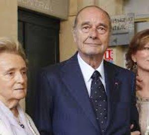 Jacques Chirac sort cette semaine de l'hôpital et passera Noël en famille