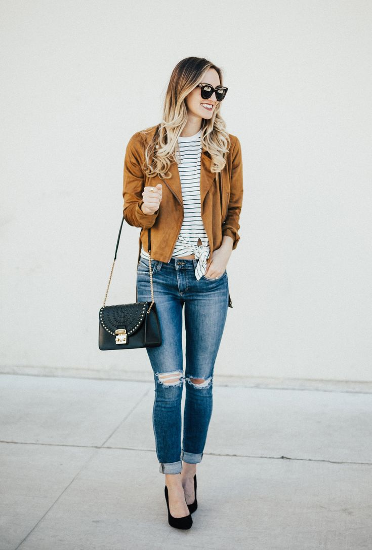 Tan Suede Moto Jacket (On Sale!) & Skinny Jeans - LivvyLand | Austin Fashion and Style Blogger