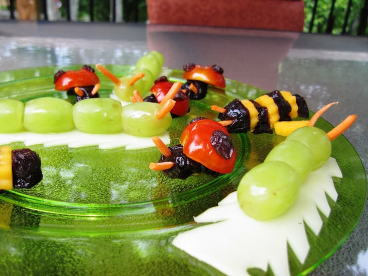 Bug Snacks Exhibit A: caterpillar from grapes & matchstick carrots (those lady bugs are not so yummy looking :p)