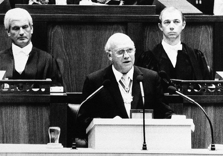 February 2,   1990: South Africa's President announces unconditional release of Nelson Mandela  -   In a dramatic concession to South Africa's black majority, President F.W. de Klerk lifts a ban on the African National Congress and promises to free Nelson Mandela.