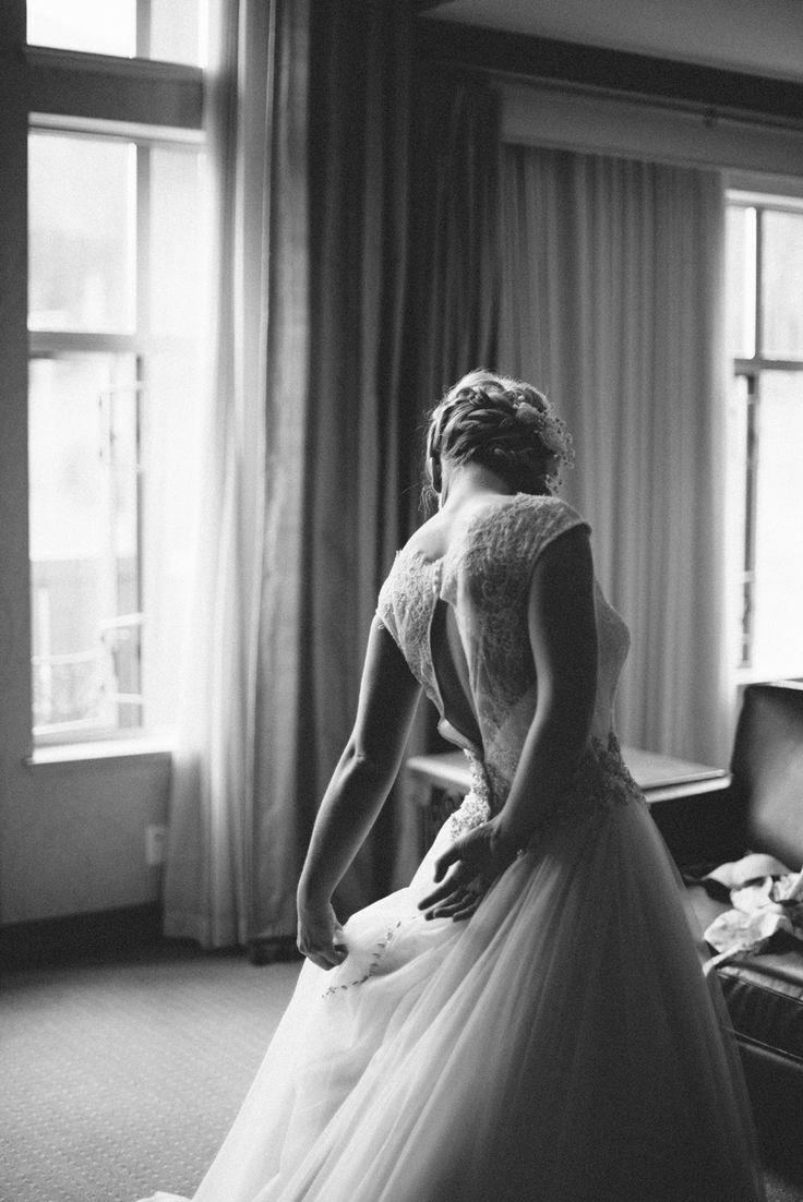 #beautiful #outdoor #beautiful #classic #wedding #photography #love #rozalindewashinaphotography #realmoments #sunpeaks