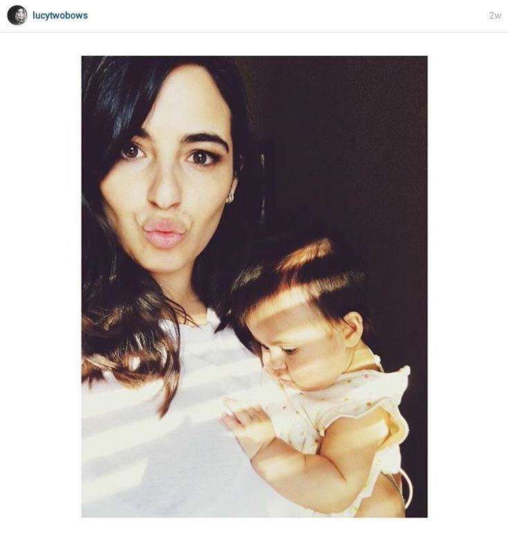 Alana Masterson of The Walking Dead with her daughter