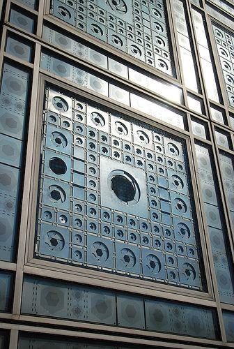 L'Institut du Monde Arabe à Paris. Magnifique musée.
