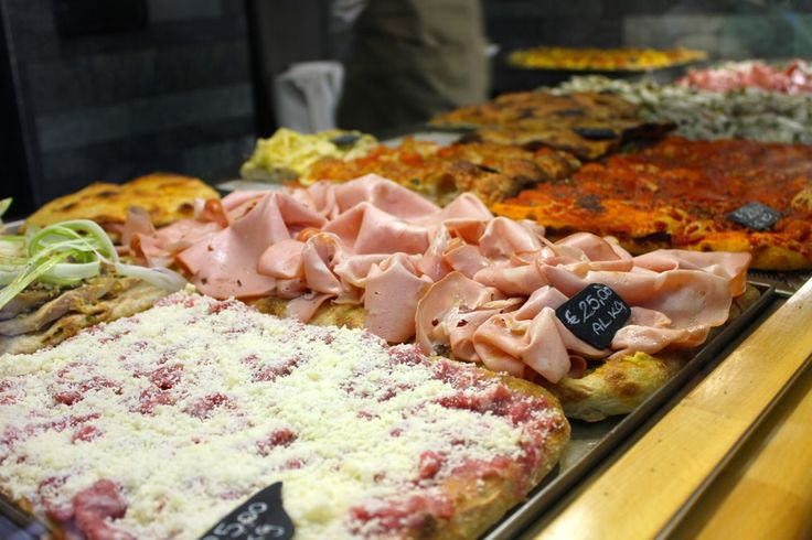more pizza on display at pizzarium in Rome