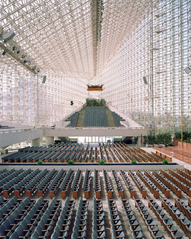 Crystal Cathedral, Garden Grove, Orange County, California. Architects:  Philip Johnson, John Burgee.  Christoph Morlinghaus