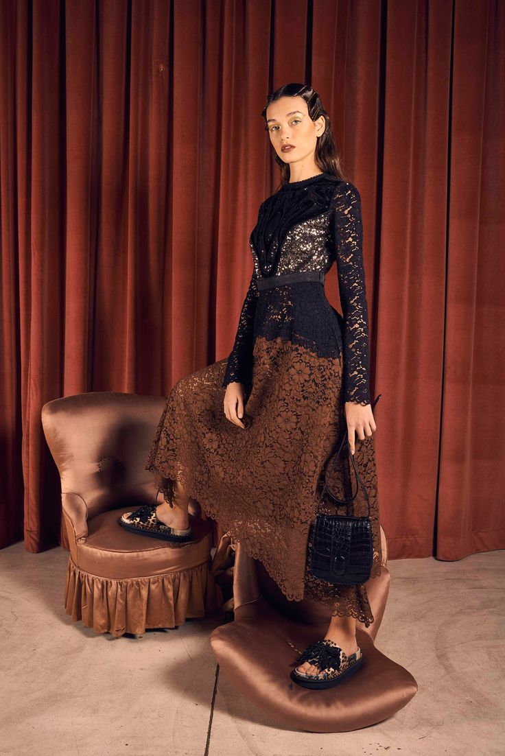 http://www.vogue.com/fashion-shows/pre-fall-2017/antonio-marras/slideshow/collection