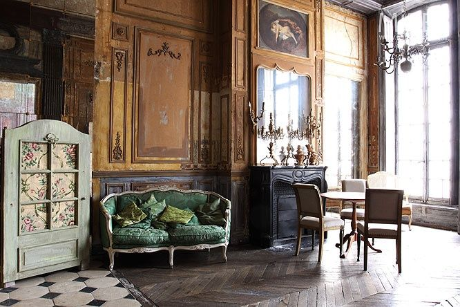54 best if it 39 s baroque don 39 t fix it images on pinterest for Modern baroque style